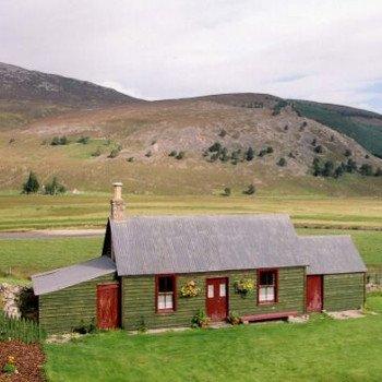 Cottage, Braemar, Scotland